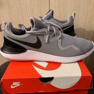 Nike Air Tessen Men's 12.5